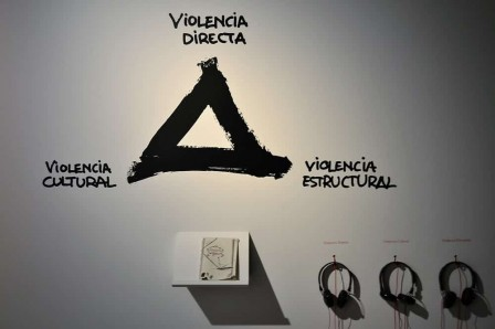 exposition-violence-a-Barcelone.jpg